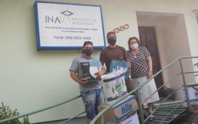 Vinhedos Papéis realiza doação de Papéis e Dispensers para Instituto INAV, em Caxias do Sul